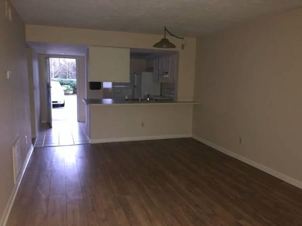 Photo 2 BR, 2 Bath Condo for Rent in Surfside Beach, SC (1101 2nd Avenue North, Unit 102,)
