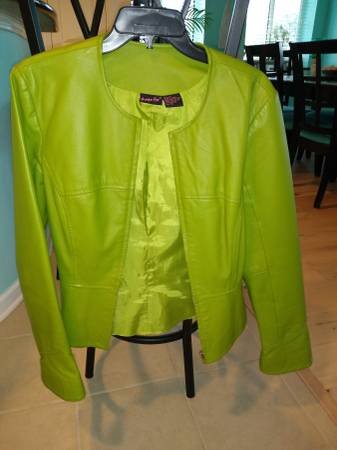 Photo Leather jacket olive green - $75 (North Myrtle Beach)