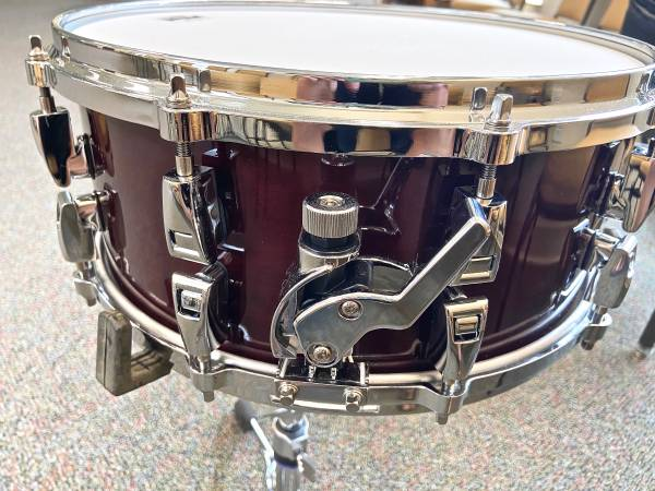 Photo New Yamaha Absolute Hybrid Maple 14quot x 6quot Snare Drum - $490 (Conway  Carolina Forest)