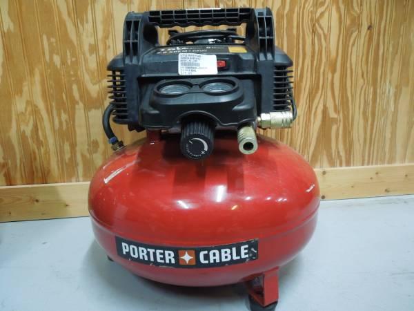 Photo Porter Cable Air Compressor 6 gallon - $80 (Little River)