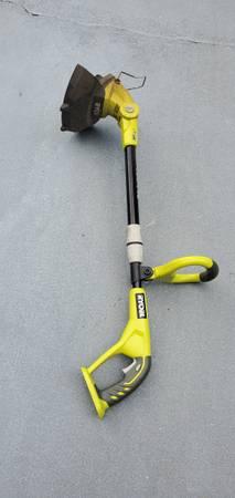 Photo Ryobi 18 volt string trimmer weed eater - $49 (North Myrtle Beach)