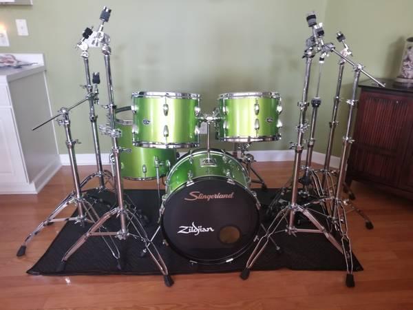 Photo Slingerland drums - vintage mid 7039s - $925 (Murrells Inlet)