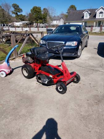 Photo Snapper 28quot riding mower - $475 (Shallotte)