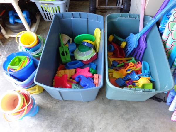 Photo Used Beach Toys, Shovels, Sifters, Buckets, Sand Molds - $1 (Surfside Beach)