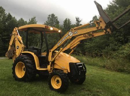 Photo Used John Deere 110 41hp Tractor - $4,682 (Atlantic Beach)