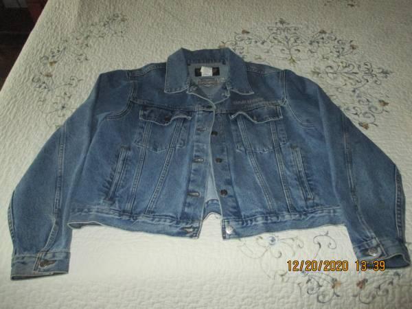 Photo Womens Harley Davidson Denim Jacket - $50 (Conway)