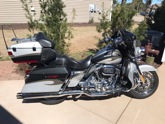 Photo 2013 Harley-Davidson ELECTRA GLIDE CVO ULTRA CLASSIC $15950295.08295.08