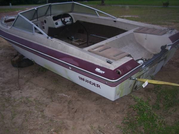 Photo 1985 Invader Elite Boat No Motor No Trailer No Title FREE (texas)