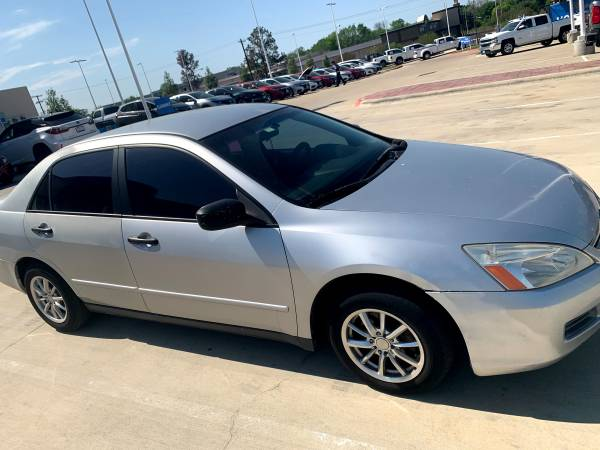 Photo 2007 Honda Accord - $4,500 (College Station)