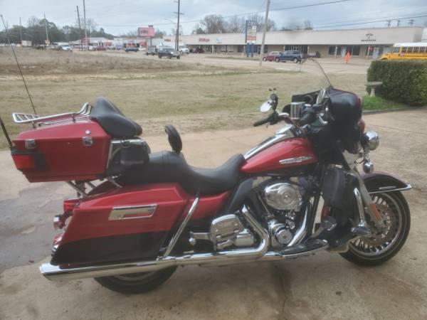 Photo 2013 Harley Davidson Ultra Classic - $14,000 (Bossier City)