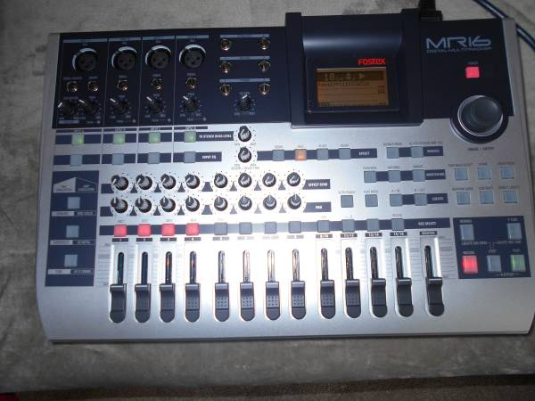 Photo FOSTEX MR16HD HARD DISC RECORDER, NEW OLD STOCK, LAST ONE ANYWHERE - $250 (PRINCETON)
