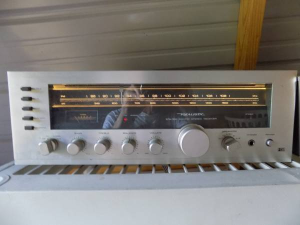 Photo Realistic STA-100 receiver - $50 (mabank)