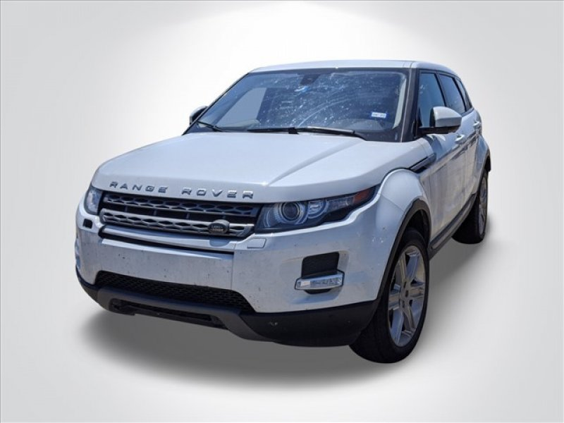 Photo Used 2015 Land Rover Range Rover Evoque Pure Plus 4-Door for sale