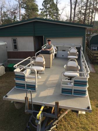 Photo pontoon, fishing - $6500 (Toledo Bend lake south end)