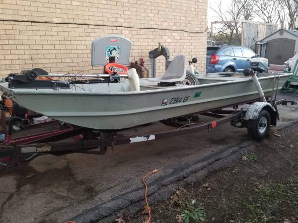 Photo 1439 fisher jon john flat bottom boat great condition - $850 (Antioch)