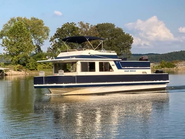 Photo 14 x 44 Houseboat - $50,000 (Kentucky Lake)