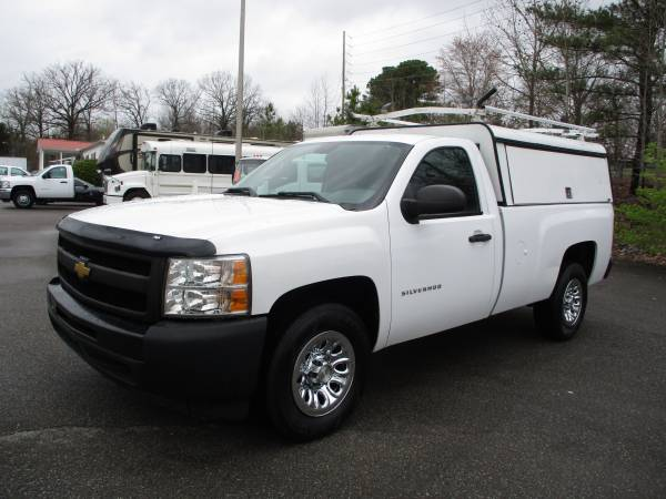 Photo 2012 CHEVROLET SILVERADO 1500 --WT---REG CAB----UTILITY TOPPER - $9900 (Dickson TN)