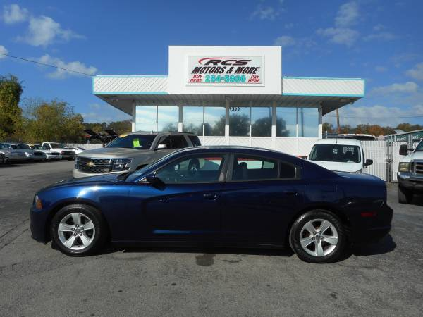Photo 2013 DODGE CHARGER SE (BUY HERE PAY HERE)