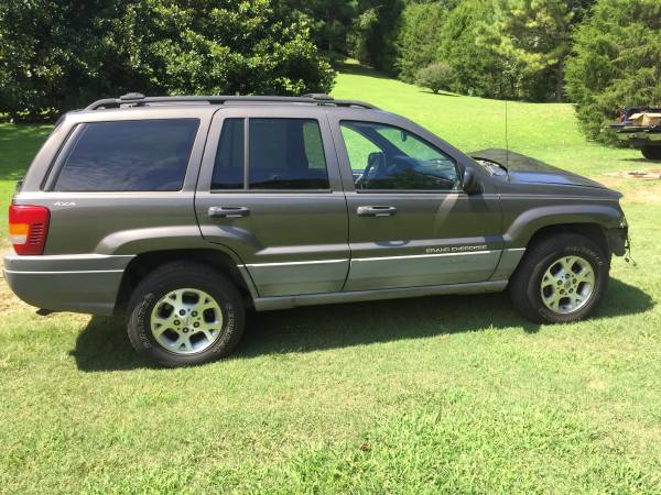 Photo 99 Jeep Grand Cherokee 4x4 parting out (Pegram)