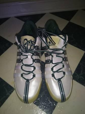 Photo Adidas Scorch 8 D Low Football Cleats Size 11.5 US Mens Shoes - $40 (North Nashville Goodletsville)