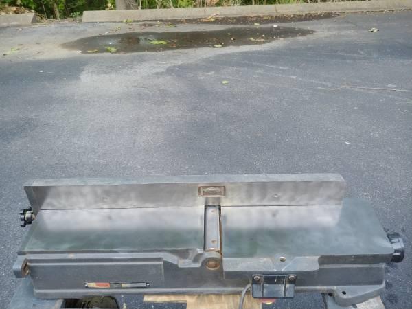 Photo Craftsman 6 inch Jointer - $220 (South Nashville  Brentwood)