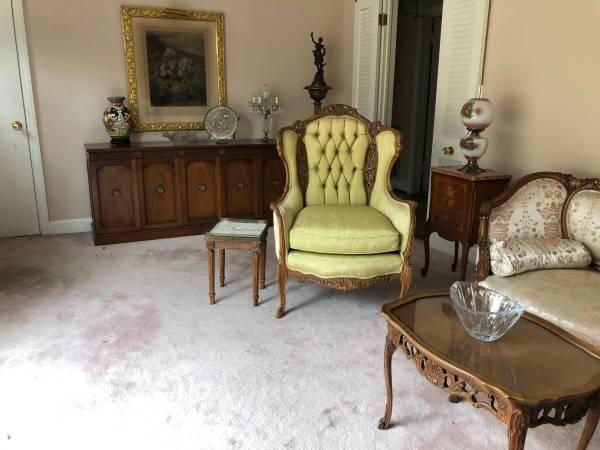 Photo Forest Hills Estate Sale - by BLVD Estate Sales
