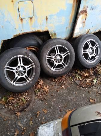 Photo Konig 18565R14 Universal 4 lug - $300 (Hartsville)