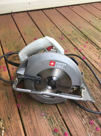 Photo Porter Cable skill saw - $65 (Hendersonville)