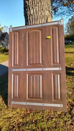 Photo Sliding Barn Door - $250 (Murfreesboro)