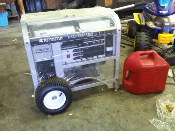 Photo Spartan 8500W Gas Generator - $1300