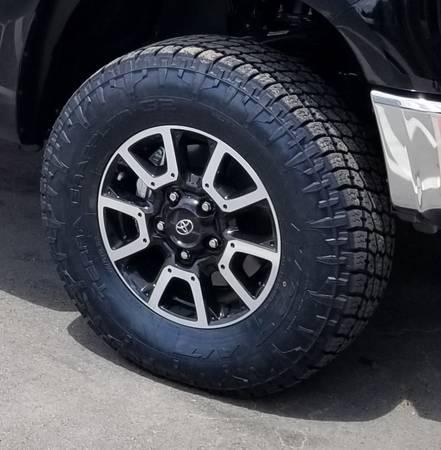 Photo Toyota Tundra TRD Offroad Wheels - $400 (Lebanon)