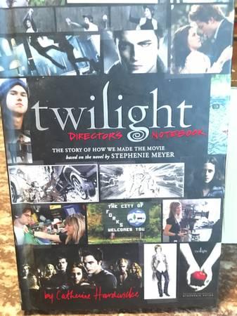 Photo Twilight Books  Movie Companions - $40 (Madison)