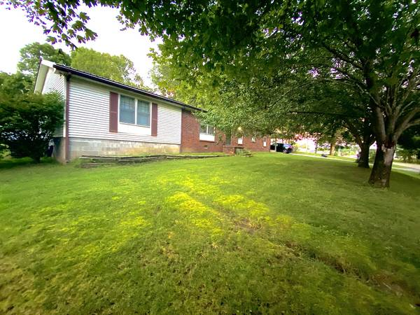 Photo Very Spacious Ranch Style home on Jordan Circle (White Bluff)