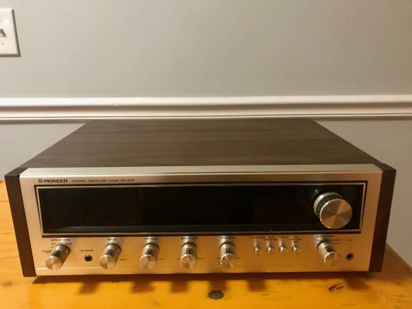 Photo Vintage 197039s Pioneer SX-434 Stereo Receiver - $250