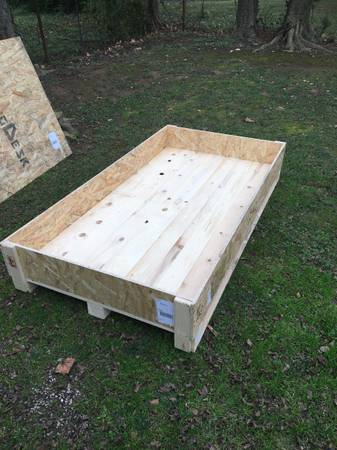 Photo Wood Crate Pallet Shipping Box Container - $25 (Donelson)