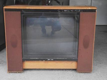 Photo Zenith console TV - $75 (Nashville)