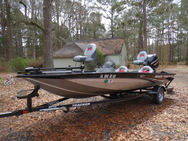 Photo 2012 Bass Tracker Pro Team 190TX - $15,500 (Saint Francisville)