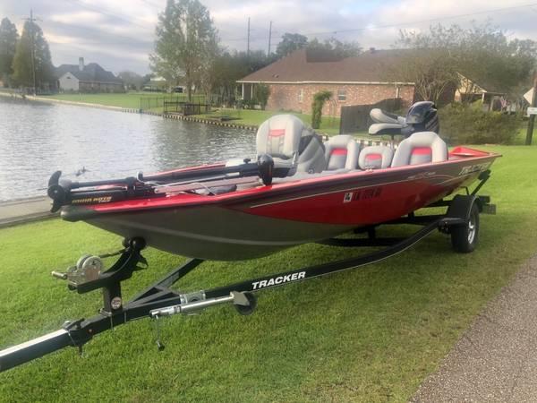 Photo 2017 Bass Tracker Pro Team 175 TXW - 60hp Merc - Warranty - $14,900 (Baton Rouge)