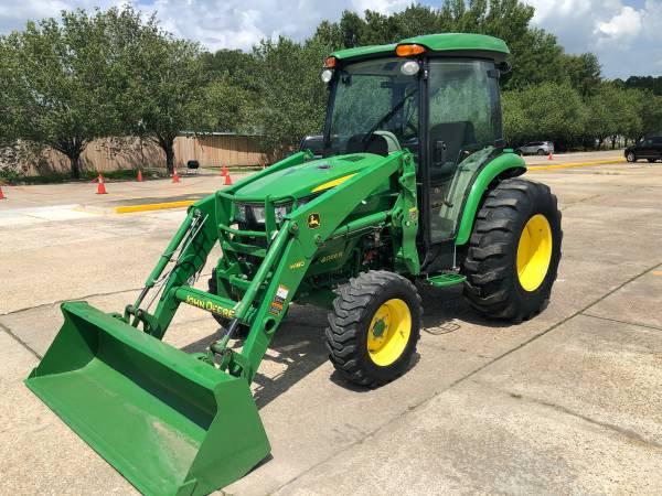 Photo 2017 John Deere 4066R CAB Tractor 66HP 4WD Front Loader HST Warranty - $39,900 (Baton Rouge)