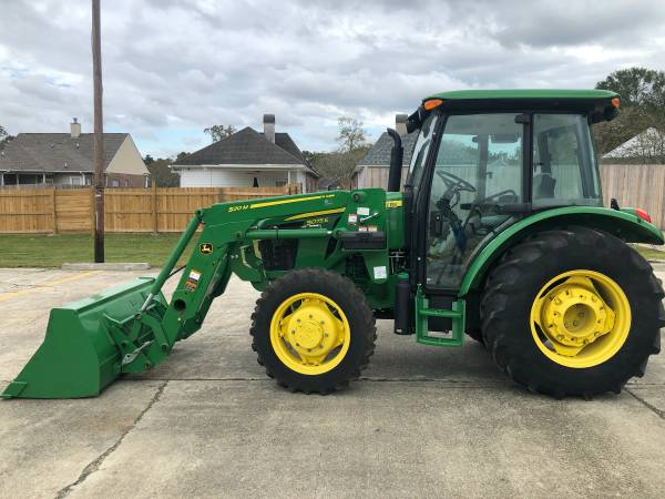 Photo 2018 John Deere 5075E CAB Tractor 75HP 4WD Loader PowerReverser 396Hr - $42,900 (Baton Rouge)