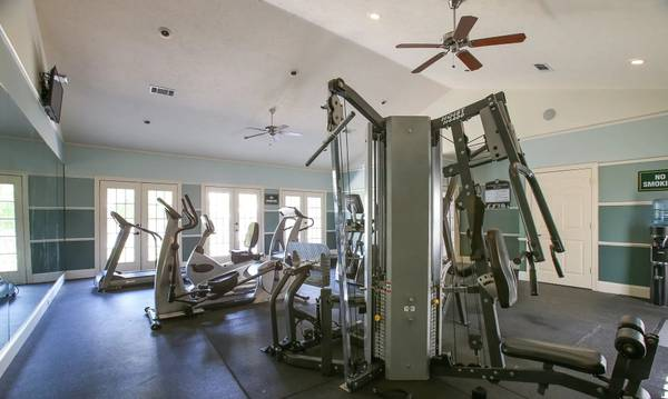 Photo Community Clubhouse, Community Fitness Center, Roommate Floor Plan (51 Northtown Drive, Jackson, MS)