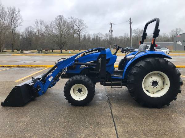Photo New Holland TC55DA Tractor 55HP 4WD Loader Shuttle 434Hrs - $19,900 (Baton Rouge)