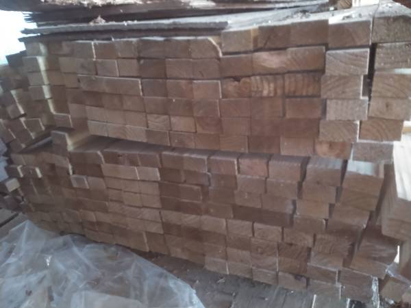 Photo 2x3x8 treated lumber for fence rails 190 - $5 (East Grand Forks MN)