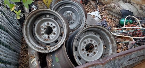 Photo Chevy 6 hole rally wheels 15x8 5 total $25 each - $25 (Fargo)