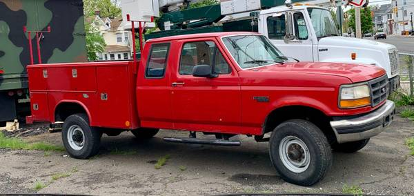 Photo 1997 FORD F250 7.3 L DIESEL 4X4 PICKUP TRUCK XTRA CAB 4 WHEEL DRIVE - $5200 (stratford)