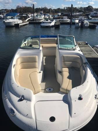Photo 2000 Sea Ray 190 Sundeck - $10,900 (Madison, CT)