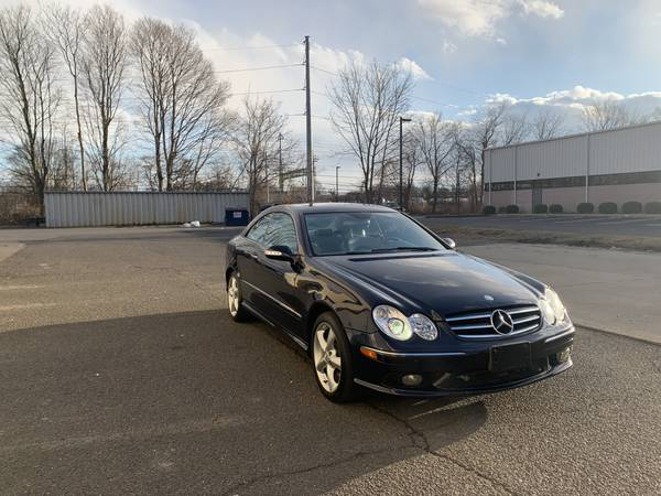 Photo 2005 Mercedes Benz CLK500 Coupe - $3900 (Milford)