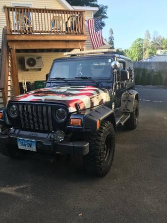 Photo 2006 custom Jeep Wrangler Sport, 4 x 4 - $14,200 (SEYMOUR)