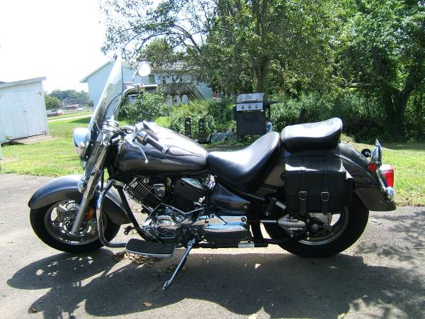 Photo 2009 V Star Yamaha Motorcycle - $3,000 (Branford, CT)