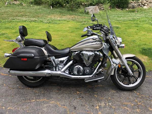 Photo 2010 YAMAHA XVS950A MOTORCYCLE 14k MILES GREAT CONDITION NO ACCIDENTS - $4,500 (NORWALK, CT)